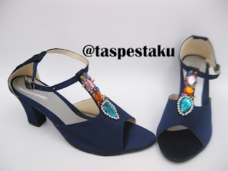 Sepatu Pesta Hak Tahu Warna Navy Biru DOnker Cantik