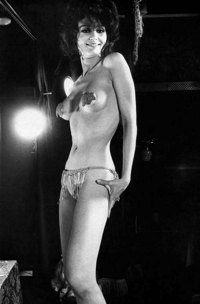 Prentiss Nude 75