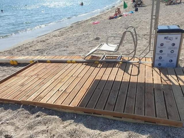 Ράμπα για την πρόσβαση ΑμεΑ στη θάλασσα τοποθετήθηκε σε παραλία της Καστροσυκιάς