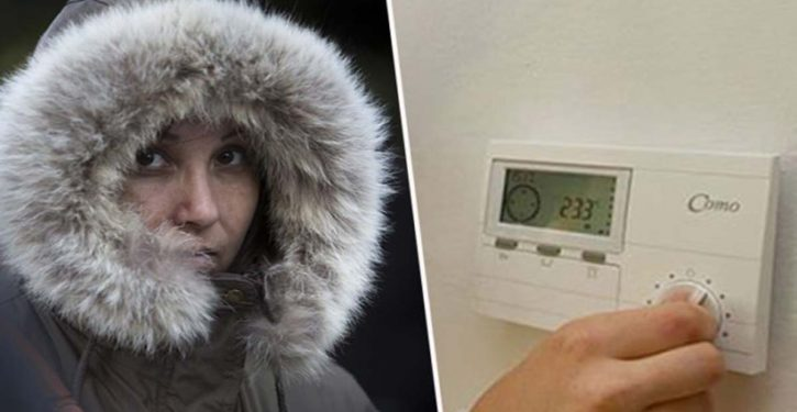 It's Proven ! Women Feel Cold More Than Men