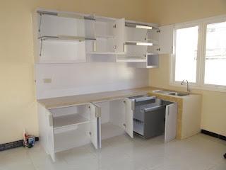 Desain Kitchen Set Warna Putih + Furniture Semarang