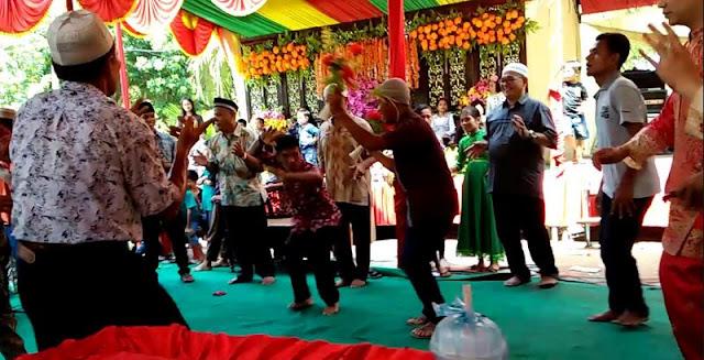 Mengenal Kesenian Endeng-endeng Suku Batak di Labura