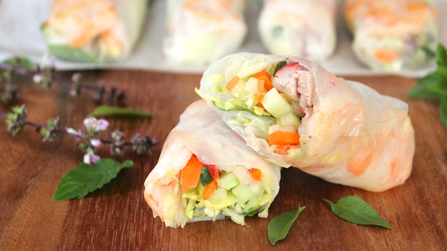 Roast Pork and Sesame Shrimp Summer Rolls (Gỏi Cuốn)