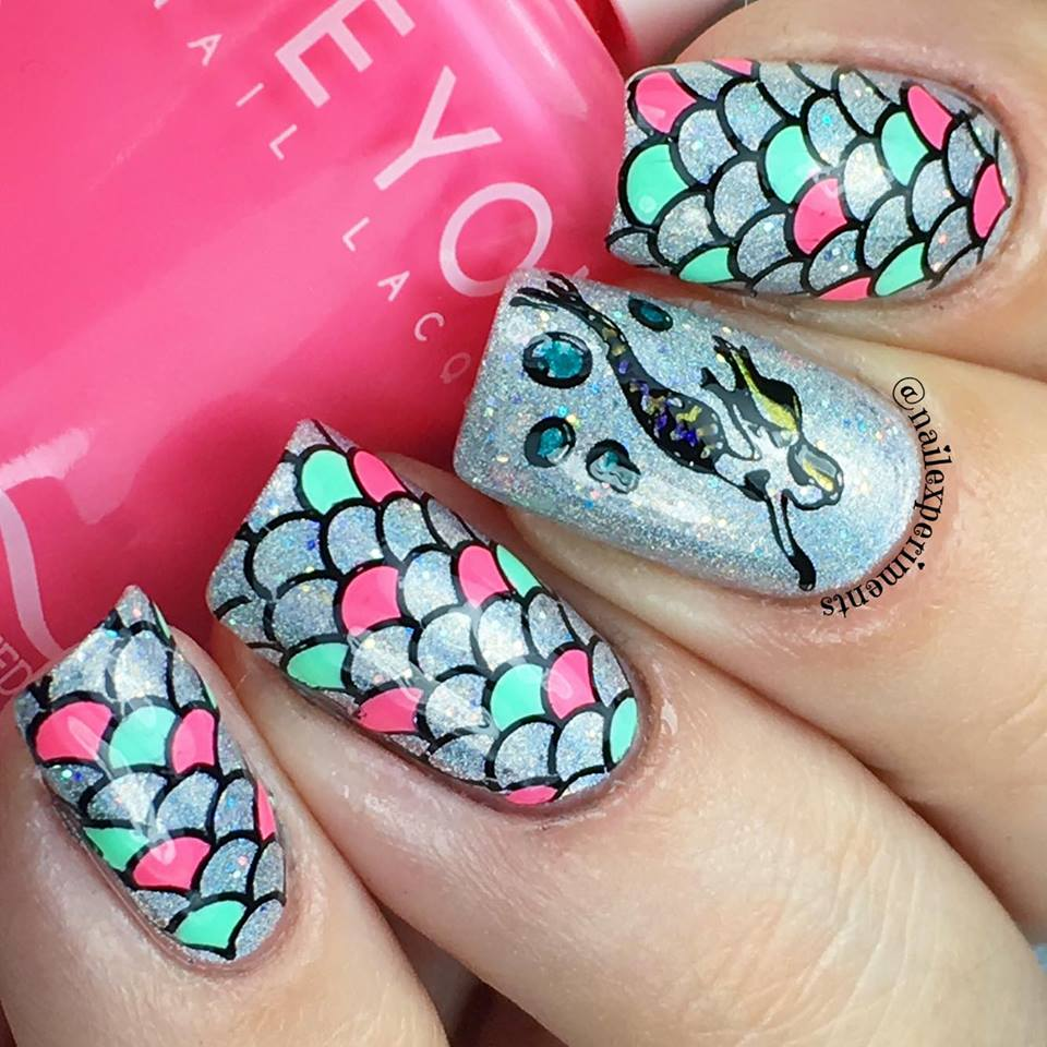 Mermaid Scale Reverse Stamping Nail Art