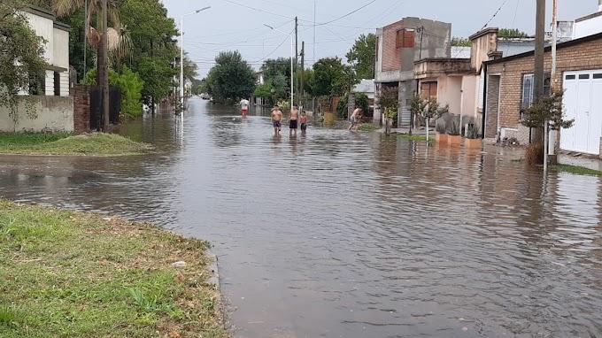 Coronda: calles anegadas y servicios cortados tras el temporal