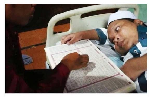 Masya allah, Ustaz Disabilitas Bimbing 42 Santri Baca Al-Qur'an dari Atas Dipan Tidurnya