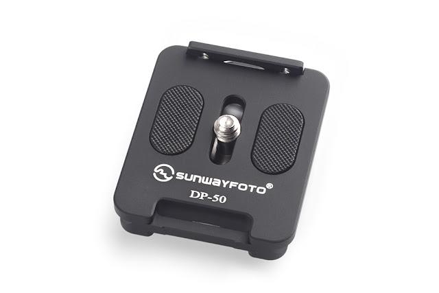 Sunwayfoto DP-50 Universal QR plate w/ retractable ridge