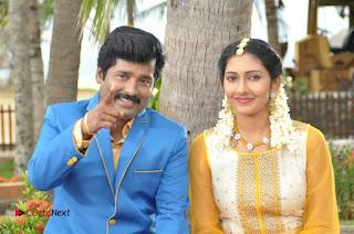 Ennodu Nee Irundhaal Tamil Movie Gallery  0012.jpg
