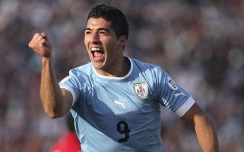 Suarez lần đầu trở lại ĐTQG sau án phạt vì cắn Chiellini