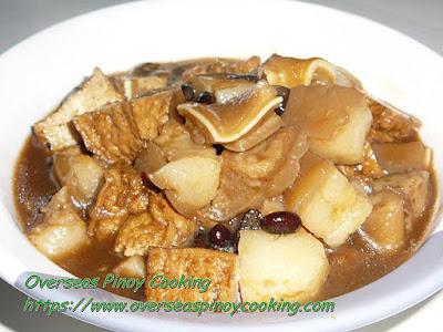 Paksiw na Tokwa at Baboy Dish