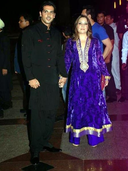 Zayed Khan Wife