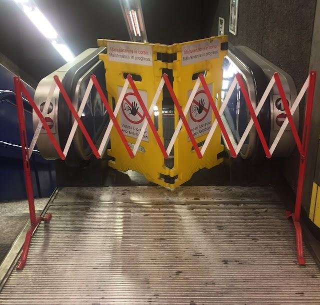 Metro B: Le scale mobili della stazione Bologna