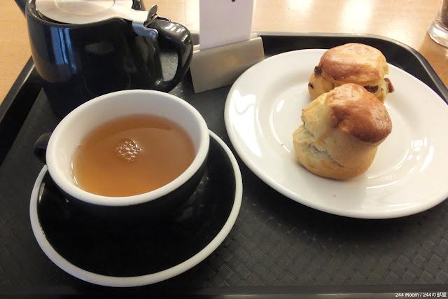 Teawith-scone イギリスの紅茶とスコーン