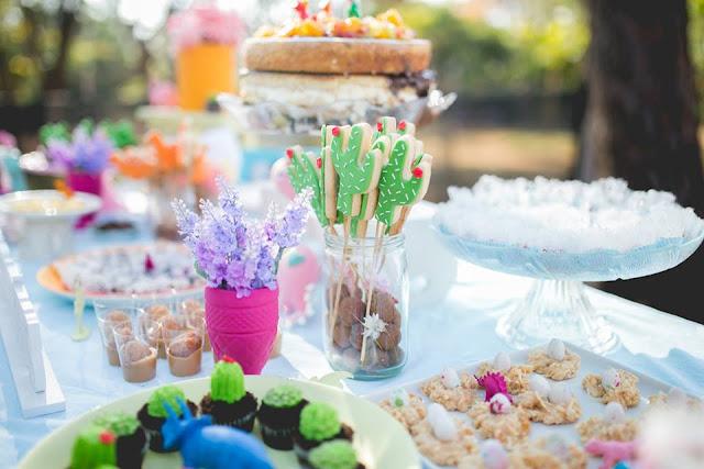 Aniversário Tema Dinossauro - Meninas - DIY - Raining Sugar - Biscoitos Amanteigados - Cactos