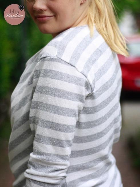 Näh dir ein asymmetrisches Longshirt! hier findest du alle Informationen zu Material und Schnitt.