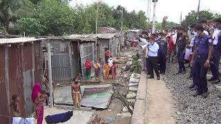দিনাজপুরের রেলওয়ের অবৈধ স্থাপনা উচ্ছেদ অভিযান শুরু