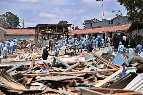 Összeomlott egy általános iskola épülete Nairobiban, legalább hét kisgyermek meghalt