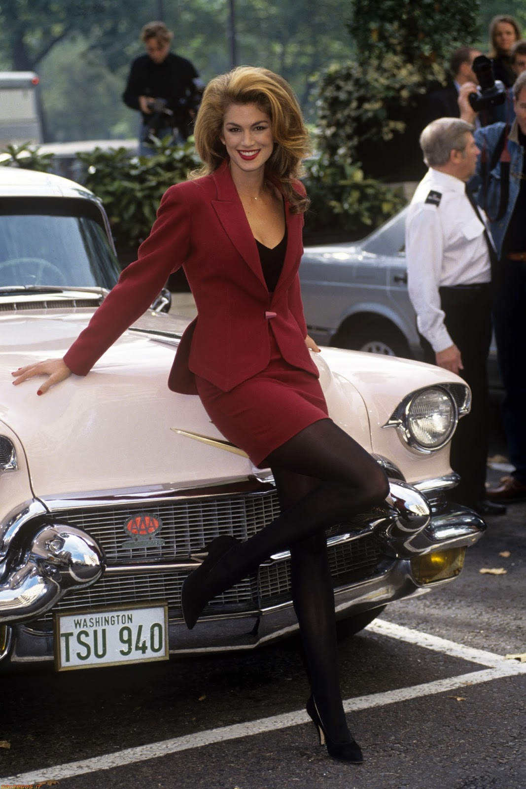 Celebrity Legs and Feet in Tights: Cindy Crawford and