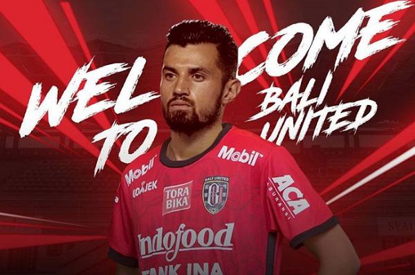 BREAKING NEWS: Bali United Resmi Rekrut Stefano Lilipaly