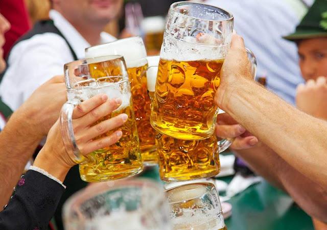 Tradicionais cervejas da Oktoberfest na Alemanha