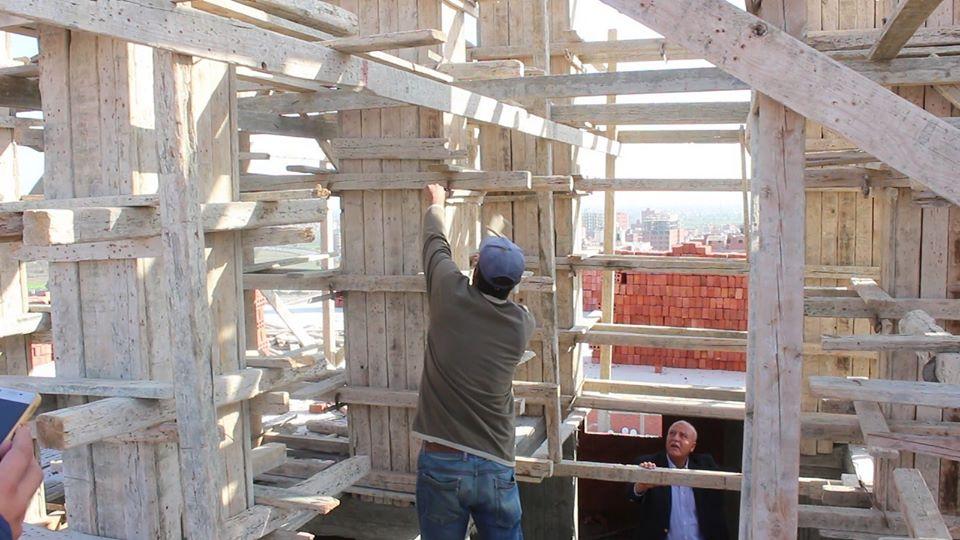 بأمر المحافظ..إزالة 13 دورًا مخالفًا ببرج سكني بشرق مدينة كفر الشيخ - (صور) 1