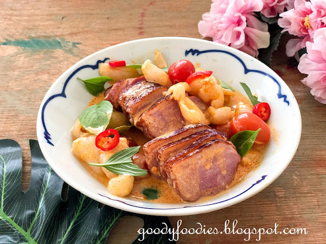 thai red curry with smoked duck and lychee