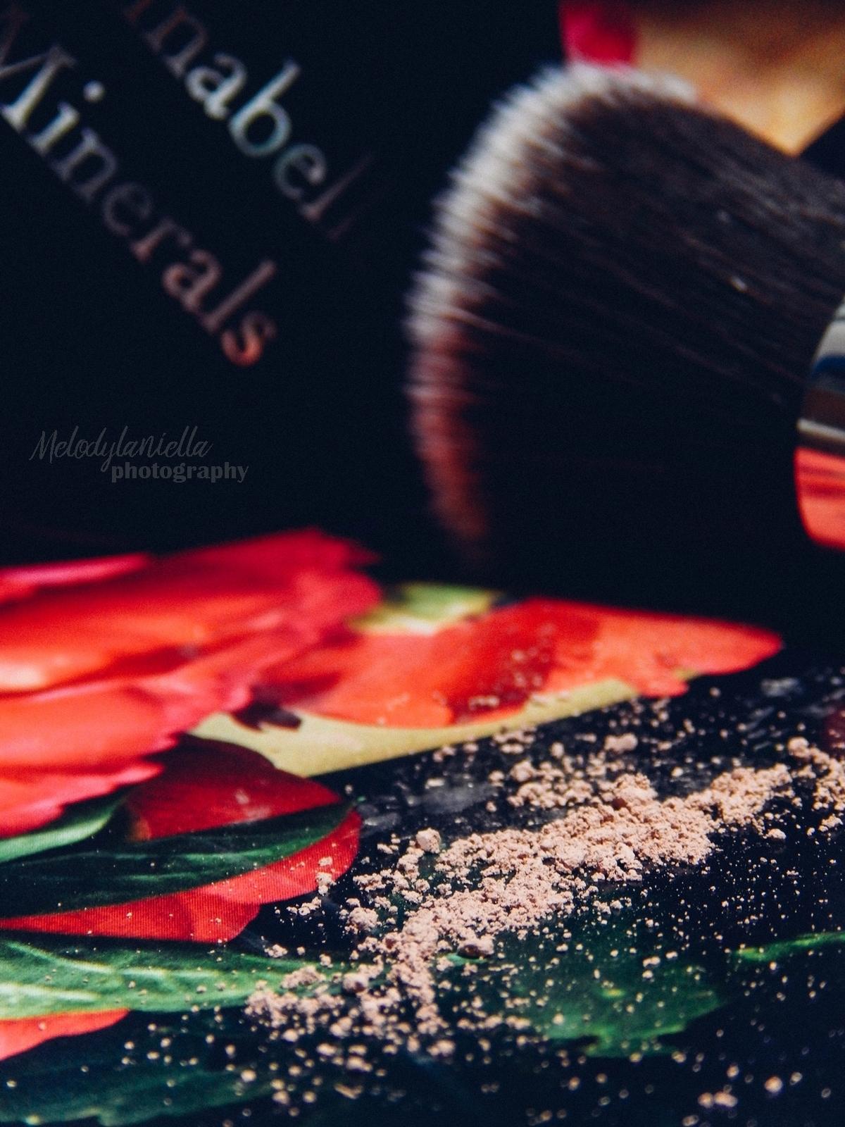 annabelle minerals kosmetyki mineralne zestaw matujący korektor podkład róż gratis pędzel jak używać kosmetyków mineralnych recenzja melodylaniella korektor mineralny