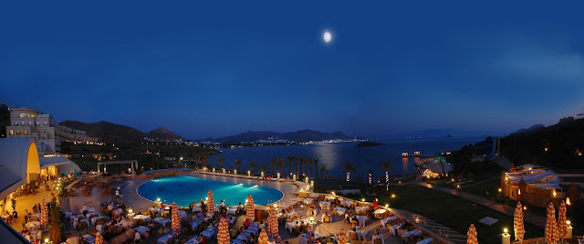 hotel con piscina con vistas al mar. Reformas valencia te lo cuenta