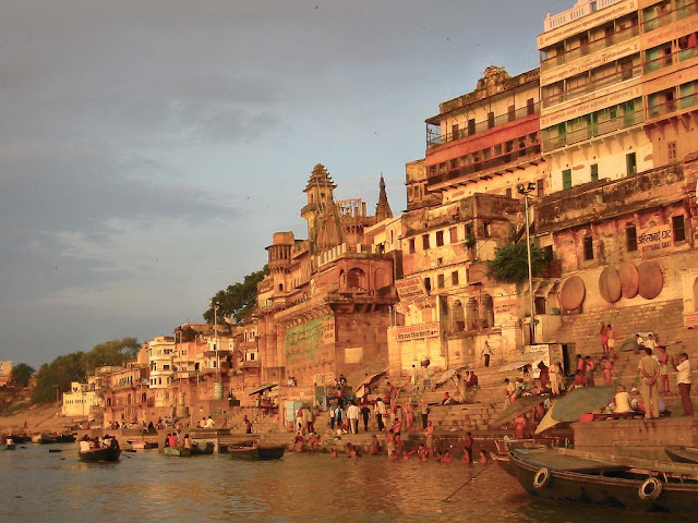 Boat Trip on the Ganges