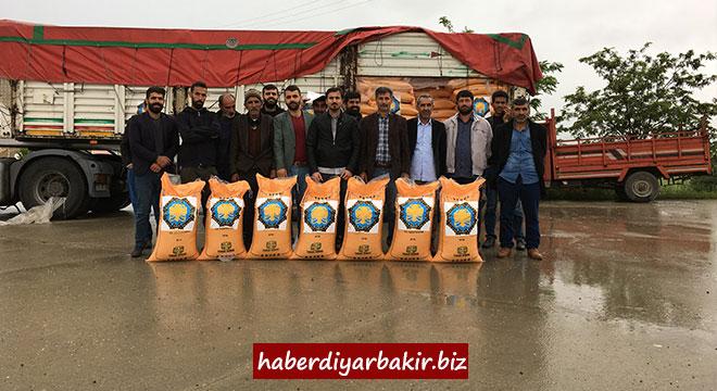 Diyarbakır Büyükşehir Belediyesinden çiftçilere 30 ton gübre desteği
