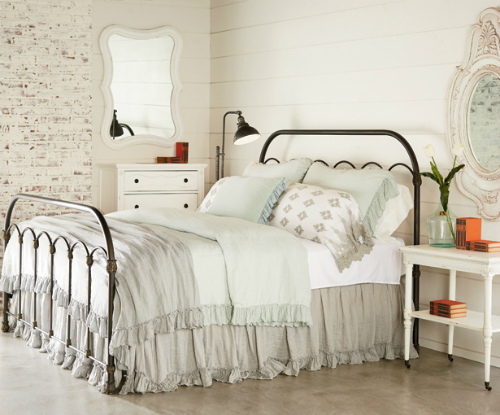 Your guide to joanna gaines 39 s favorite bedding line - Joanna gaines bedding collection ...