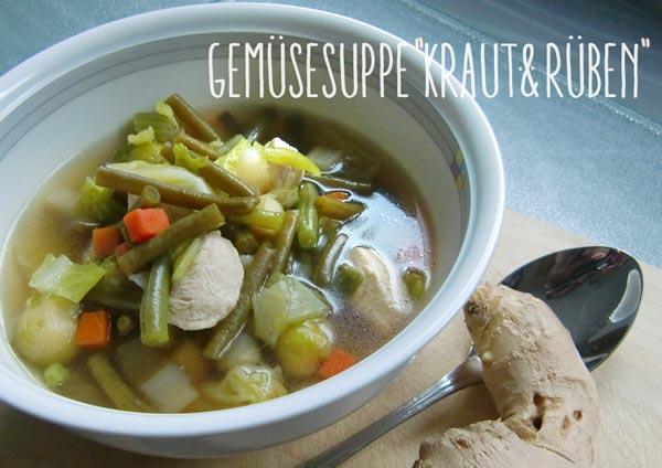 Suppenschale mit Gemüsesuppe