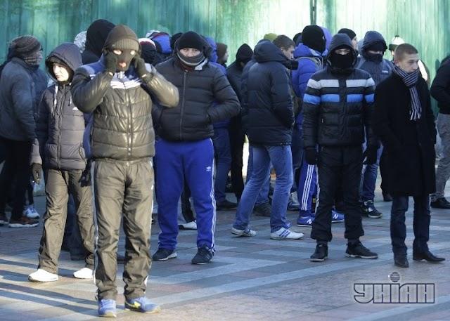 """На Броварщині між місцевими жителями та """"тітушками"""" відбулися сутички"""