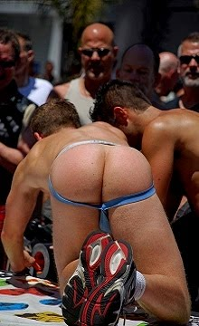 Dore Alley Fair Male Butts