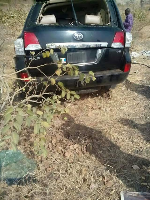 ?Photos From The Scene Of Auto Crash That Killed Former Minister, General John Shagaya In Plateau State?