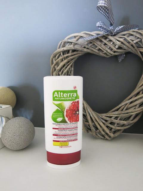 Alterra - nawilżająca odżywka do włosów bio-owoc granatu i bio-aloes.