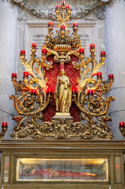 The relics of Santa Lucia, the church of Santi Geremia e Lucia, Venice