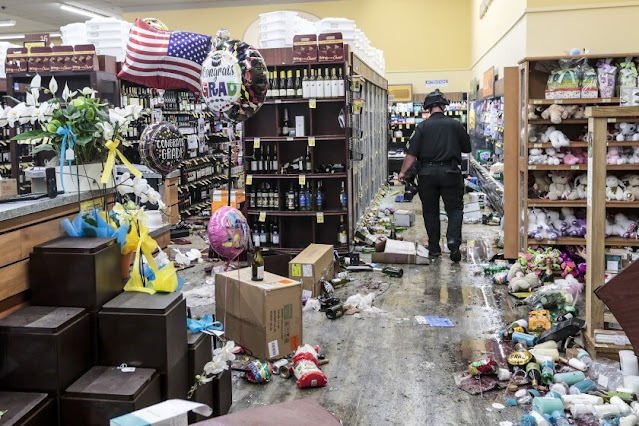 Looting in the United States protests videos and Photos