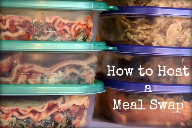 Great tips on how to start a meal swap to stock up on #freezermeals.