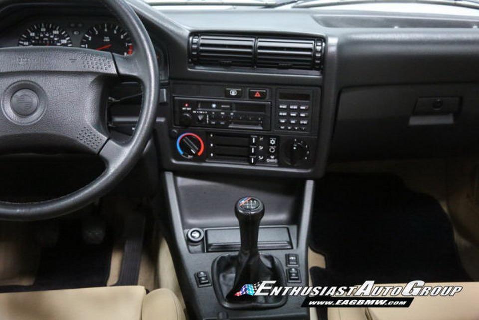1991-BMW-M3-26.jpg