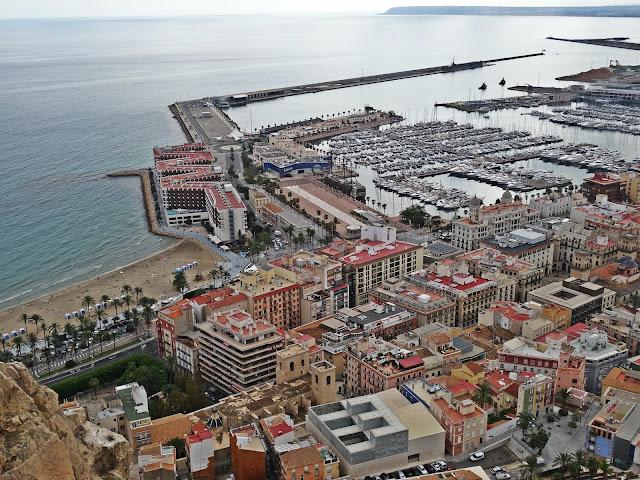 Alicante to miasto w południowo-wschodniej Hiszpanii