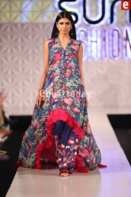 So-kamal-collection-2017-at-pfdc-sunsilk-fashion-week-5