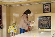 Jelang Hari Pendaftaran di KPU, CEP Ziarah ke Makam Ayahnya