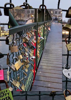 Zurich in winter - Love locks on the bridge