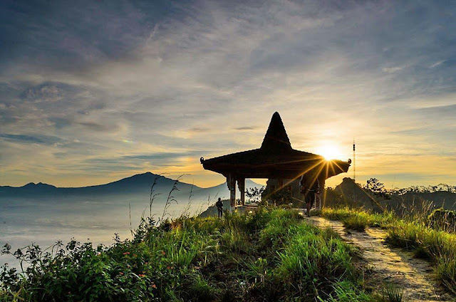 Tempat wisata Puncak Suroloyo Kulonprogo Yogyakarta | paket wisata | harga tiket | alamat