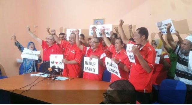 Ahli UMNO Bahagian Pagoh Protes!
