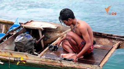Watch Bajau People: The Sea Gypsies Documentary online