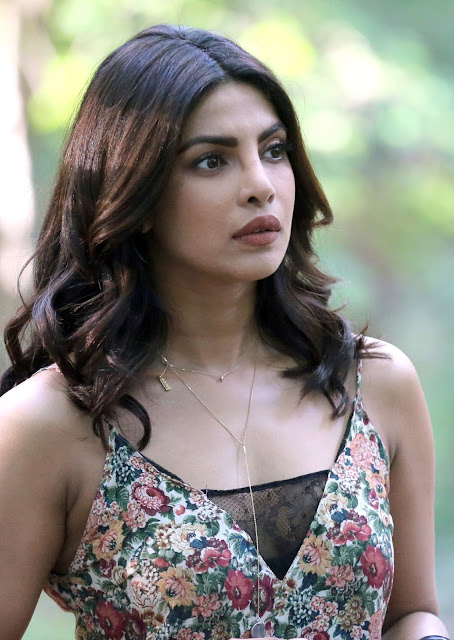 Priyanka Chopra Looks Hot During The Filming of Her TV Series 'Quantico' in The Financial District in New York