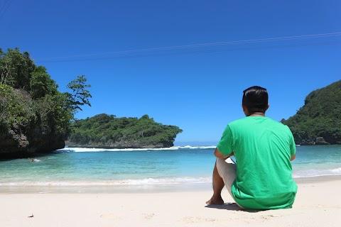 5 Pantai Terindah di Malang yang Harus Kalian Jelajahi