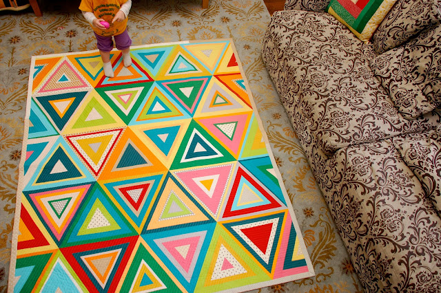 Lady Harvatine Log Pyramid Quilt Along